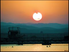 Sunset on the Red Sea by <b>&ri.co</b> ( a Panoramio image )