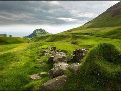 Tindholmur. by <b>Henrik Hoppe</b> ( a Panoramio image )