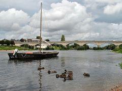 Amboise - Loire river by <b>AJ30</b> ( a Panoramio image )
