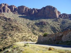 Rochers- Route Tafraoute by <b>elakramine</b> ( a Panoramio image )