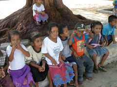 children enewetak by <b>nnoguci</b> ( a Panoramio image )