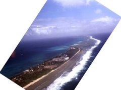 enewetak airview by <b>nnoguci</b> ( a Panoramio image )