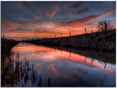 Beautiful Reflections by <b>Martin Podt</b> ( a Panoramio image )