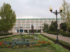 Агро университет им. Жангир хана by <b>lesnie</b> ( a Panoramio image )