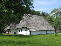 Bran - Old houses by <b>sonjabgd</b> ( a Panoramio image )