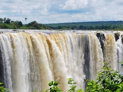 Cataratas Victoria - Cascada central by <b>Joan Felip</b> ( a Panoramio image )