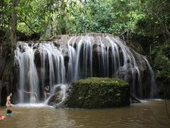 Cachoeira na Estancia Mimosa by <b>PatyPeceguiniViana</b> ( a Panoramio image )