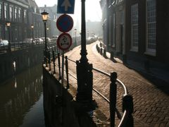 Counterlight and reflection; Plompetorengracht Utrecht. by <b>Carl030nl</b> ( a Panoramio image )