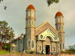Templo catolico de Zarcero, Costa Rica by <b>Melsen Felipe</b> ( a Panoramio image )