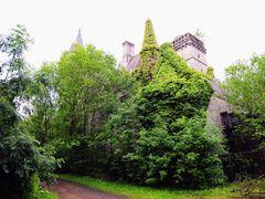 Chateau Miranda / Noisy by <b>Gunter Hofmeister</b> ( a Panoramio image )