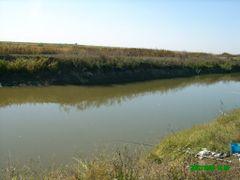 pescuit pe Dunare la Tufesti-canal irigatie-Octombrie 2007 by <b>Nelu Mihalcea</b> ( a Panoramio image )