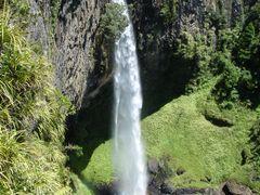 Bridal Veil Falls Scenic Reserve, top by <b>StuartCannan</b> ( a Panoramio image )