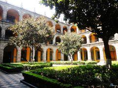 Antiguo Colegio de San Ildefonso. by <b>Pecg17</b> ( a Panoramio image )