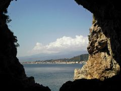 Grotta by <b>longdistancer</b> ( a Panoramio image )