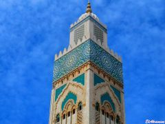 "The world""s tallest minaret (210 m) - Hassan II Mosque  ,  decor by <b>elakramine</b> ( a Panoramio image )"