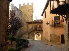 La muralla. by <b>Amparo Timoteo Ramon</b> ( a Panoramio image )