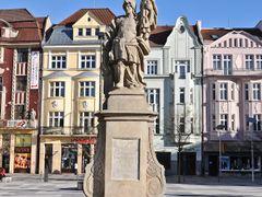 Sw. Florian na Placu Tomasza Masaryka (czes. Masarykovo namesti) by <b>Malgorzata Kasiewicz</b> ( a Panoramio image )