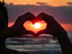 I love the sun by <b>Eliton Sloma</b> ( a Panoramio image )