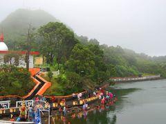 Ganga Talao (Preparando la Fiesta) by <b>Joan Felip</b> ( a Panoramio image )