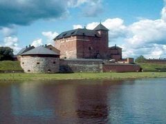 Fortress of Hamenlinna, Finland by <b>Peter Kesselyak</b> ( a Panoramio image )