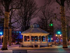 Gage Park Christmas Lights by <b>keithwatson66</b> ( a Panoramio image )
