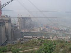 Baustelle Jangtse-Staudamm by <b>bernyz</b> ( a Panoramio image )