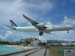 Maho Beach by <b>Jos_S</b> ( a Panoramio image )