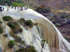 Cascada Petrificada, Hierve el Agua by <b>J. Ramos</b> ( a Panoramio image )