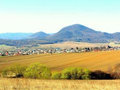 Jarny vyhlad...v pozadi Straze by <b>Majo 65</b> ( a Panoramio image )