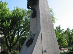 Spomenik  vazduhoplovcima - Monument to airmen by <b>Milan Stojanovic-Stoja</b> ( a Panoramio image )