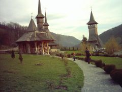 barsana-monastery-maramures1 by <b>neo34</b> ( a Panoramio image )