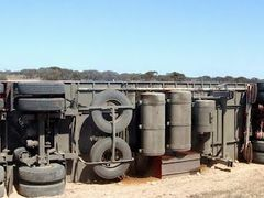 Road Train Accident - Eyre Highway, Nullabor Plain, South Austra by <b>Stuart Smith</b> ( a Panoramio image )