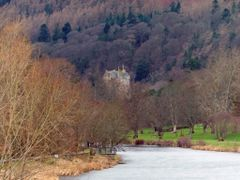 Neidpath Castle Lurking by the Tweed. by <b>Scally</b> ( a Panoramio image )