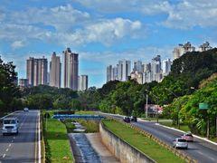 Av. Marginal Botafogo, Goiania. by <b>Arolldo Costa Oliveira</b> ( a Panoramio image )