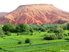 Dades Valley , Tinghir by <b>elakramine</b> ( a Panoramio image )