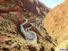 Les  gorges du Dades , Province de Tinghir by <b>elakramine</b> ( a Panoramio image )