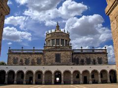 Patios interiores del Hospicio Cabanas by <b>? ? galloelprimo ? ?</b> ( a Panoramio image )