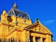 Umjetnicki Paviljon u Zagrebu by <b>RicardoFilho</b> ( a Panoramio image )