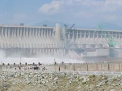 Three Gorges dam (panoramic) by <b>peter kock</b> ( a Panoramio image )
