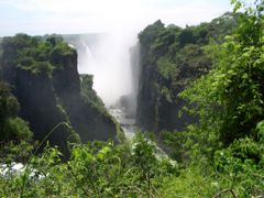 Cataratas Victoria-- Zimbabwe by <b>AnaMariaOss</b> ( a Panoramio image )