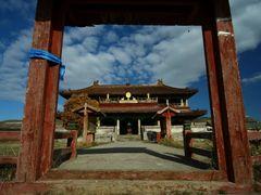 amarbayasglant monastery by <b>anand nyamdavaa</b> ( a Panoramio image )