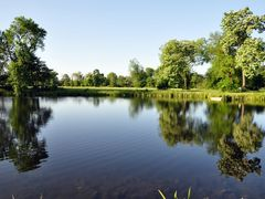 Washington Park - Hyde Park - Full bloom & reflection by <b>Antoine Jasser</b> ( a Panoramio image )