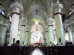 Majestuoso Interior de la Catedral Metropolitana de Guadalajara by <b>? ? galloelprimo ? ?</b> ( a Panoramio image )