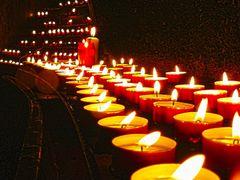 Gyertyak / Candles by <b>Kincses Ferenc</b> ( a Panoramio image )