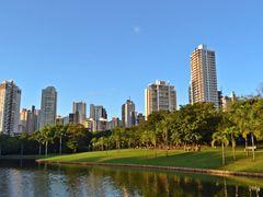 O Sol do Parque!!! by <b>Arolldo Costa Oliveira</b> ( a Panoramio image )