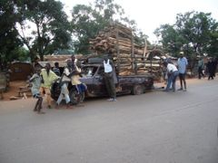 Overload in Bangui by <b>Playar</b> ( a Panoramio image )