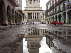 Capitolio de Havana Cuba  by <b>silgab</b> ( a Panoramio image )