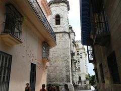 """""""La calle de La bodeguita"""" by <b>©Chaydee</b> ( a Panoramio image )"""