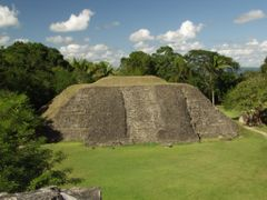 "BELIZE: XUNANTUNICH: Structure A1, view to north from atop ""El C by <b>Douglas W. Reynolds, Jr.</b> ( a Panoramio image )"