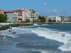 Beach, Pomorie, Bulharsko by <b>karolplus</b> ( a Panoramio image )